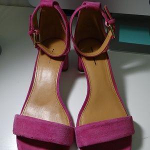 Size 8 J Crew sandal